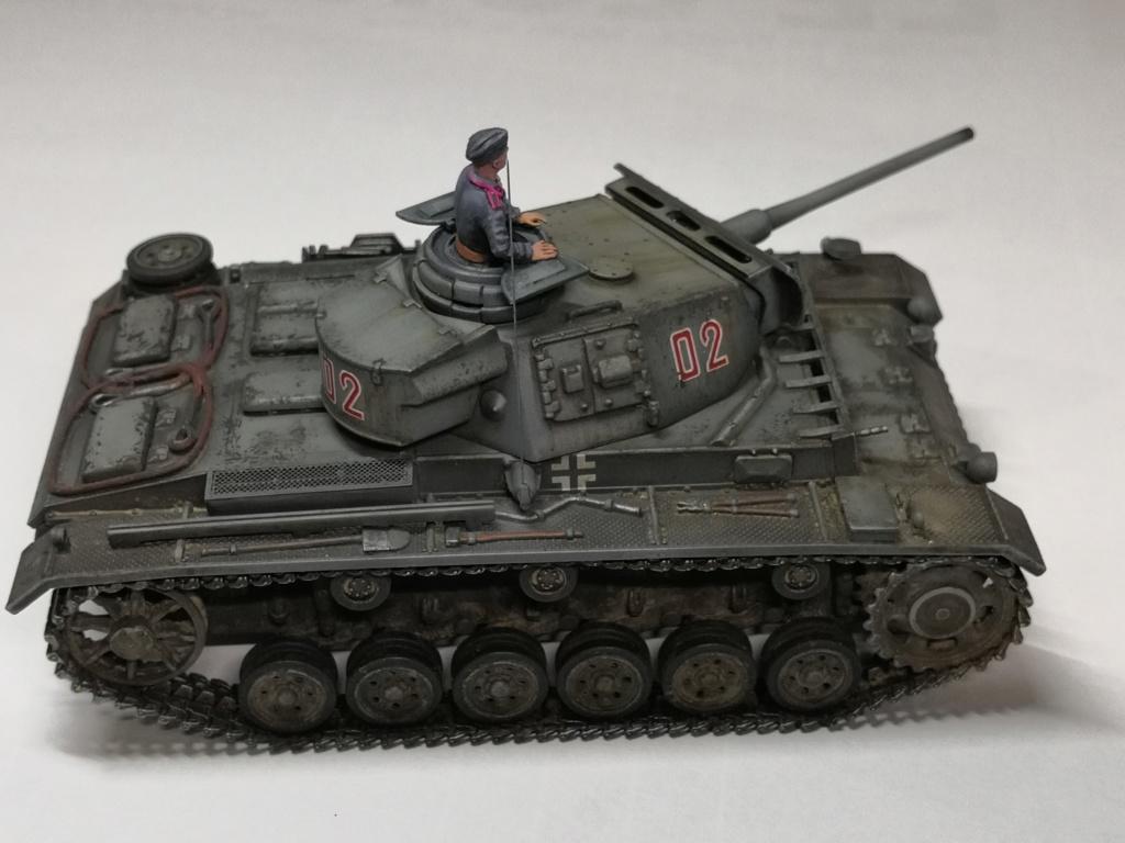 Panzerkampfwagen III Ausf. L Sd.Kfz. 141/1 - [TAMIYA, 1/48] - Page 2 Img_2041