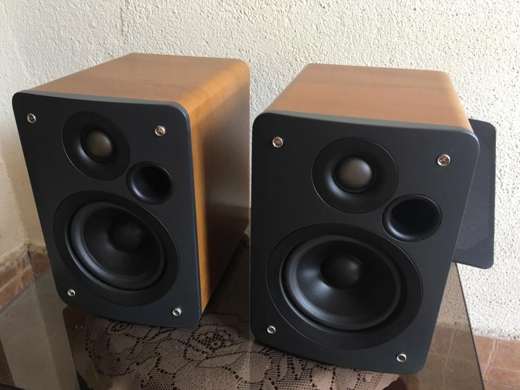 Q Acoustics 1010 Loudspeakers Img_3110