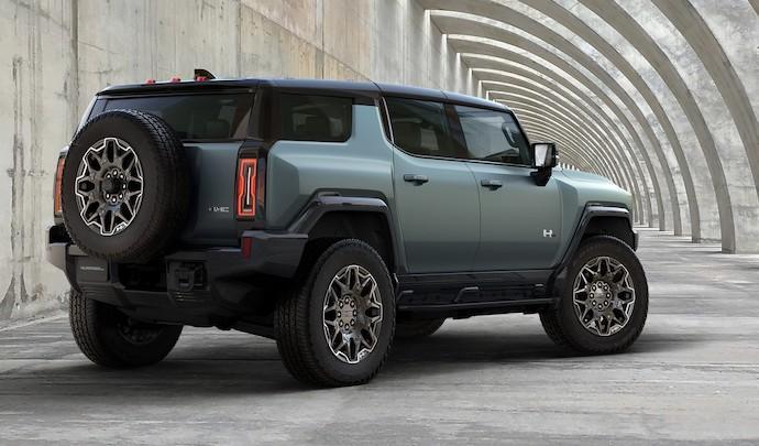Voilà le nouveau Hummer est arrivé ; GM dévoile le Hummer EV en tant que `` premier supertruck au monde '' pour 112600 $ à partir de 2021 - Page 5 02_gmc10