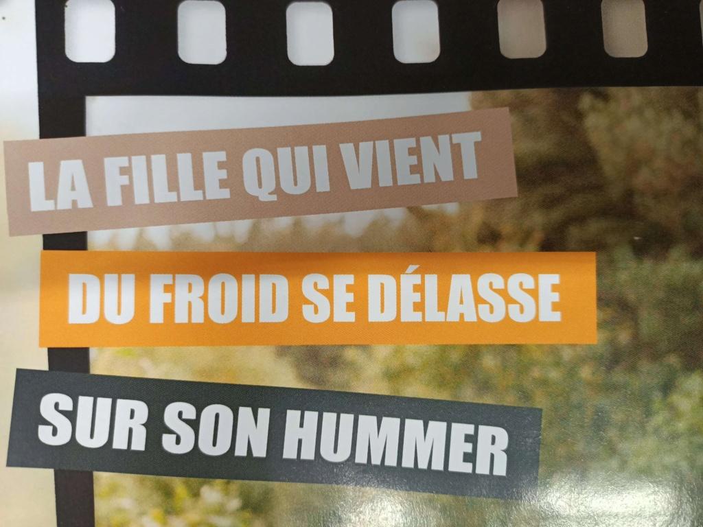 """La PIN UP du mois avec le Hummer à la page ; """" LA FILLE QUI VIENT DU FROID SE DELASSE SUR SON HUMMER """" 14657810"""