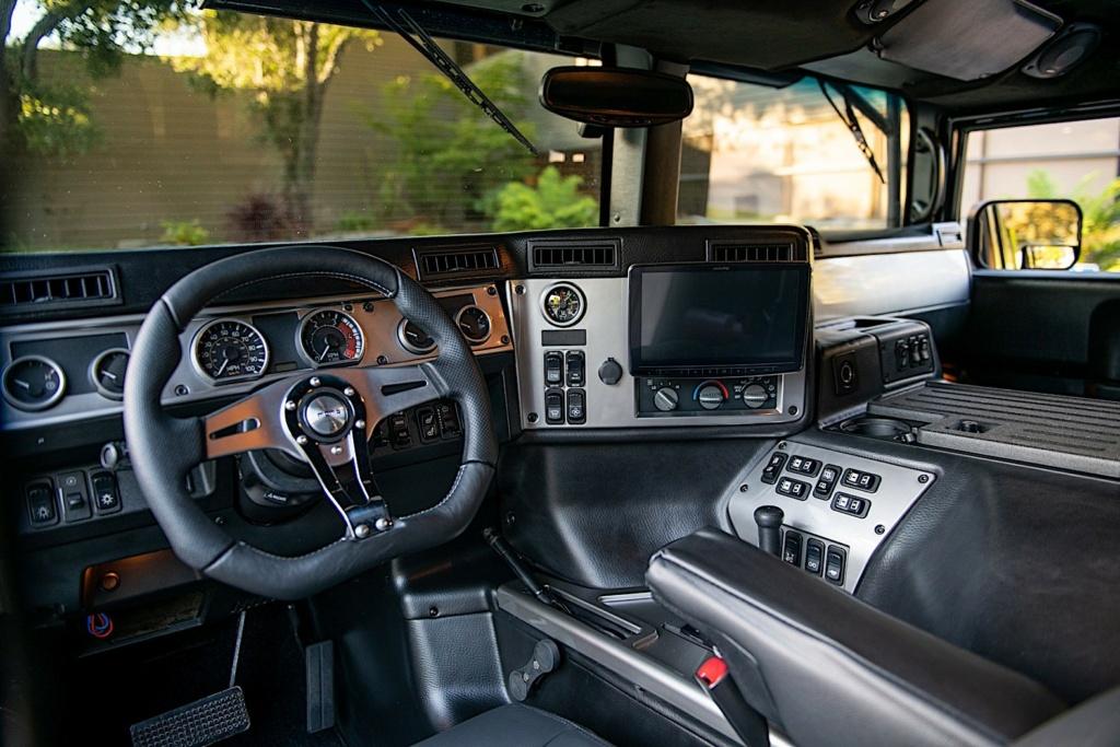 Le club Hummerbox vous présente Zeu Hummer H1 wagon Alpha de 2006 avec un Pack annoncé de $100K en Upgrades 2006-h13
