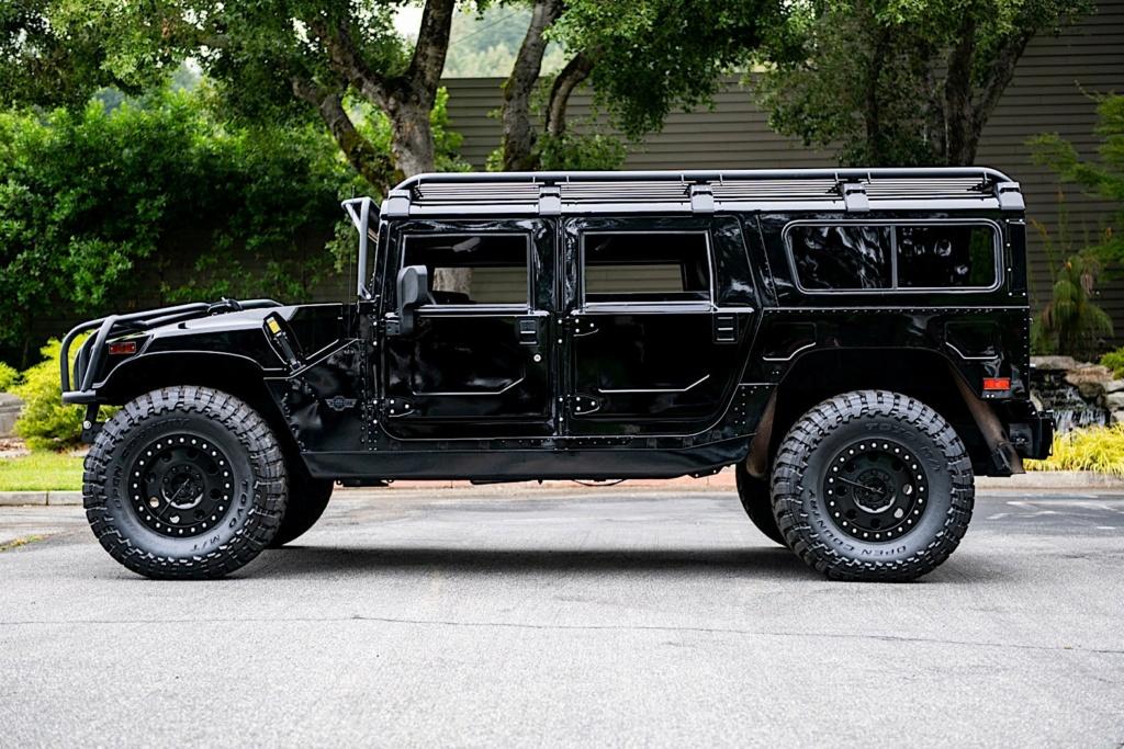 Le club Hummerbox vous présente Zeu Hummer H1 wagon Alpha de 2006 avec un Pack annoncé de $100K en Upgrades 2006-h14