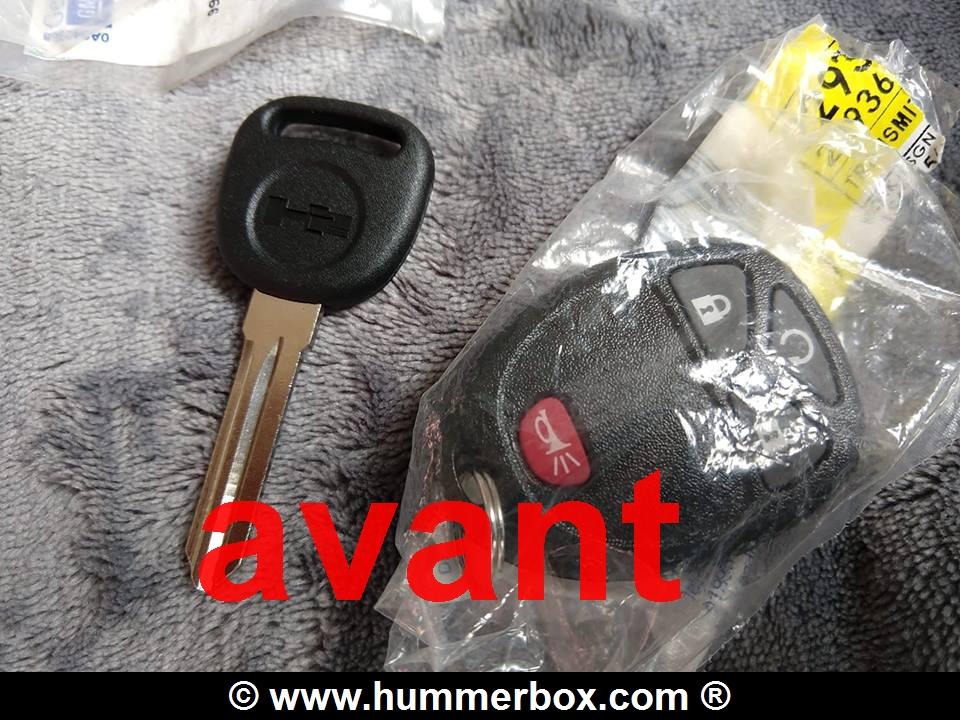 Astuce pour Hummer H2 : nouveauté télécommande avec la clé intégrée et mode d'emploi en français disponible au Club Hummerbox 56369810