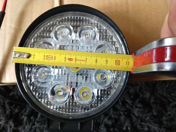 4 feux LED 27W 1400lm 12 cm de diamètre et 4 cm de profondeur 58376910