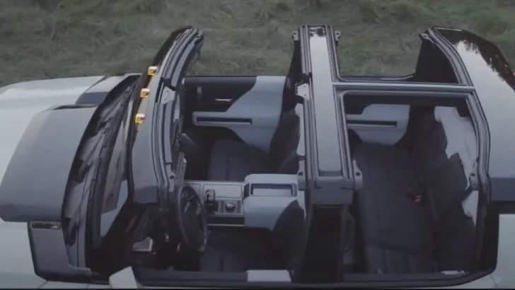Voilà le nouveau Hummer est arrivé ; GM dévoile le Hummer EV en tant que `` premier supertruck au monde '' pour 112600 $ à partir de 2021 Fb_img24