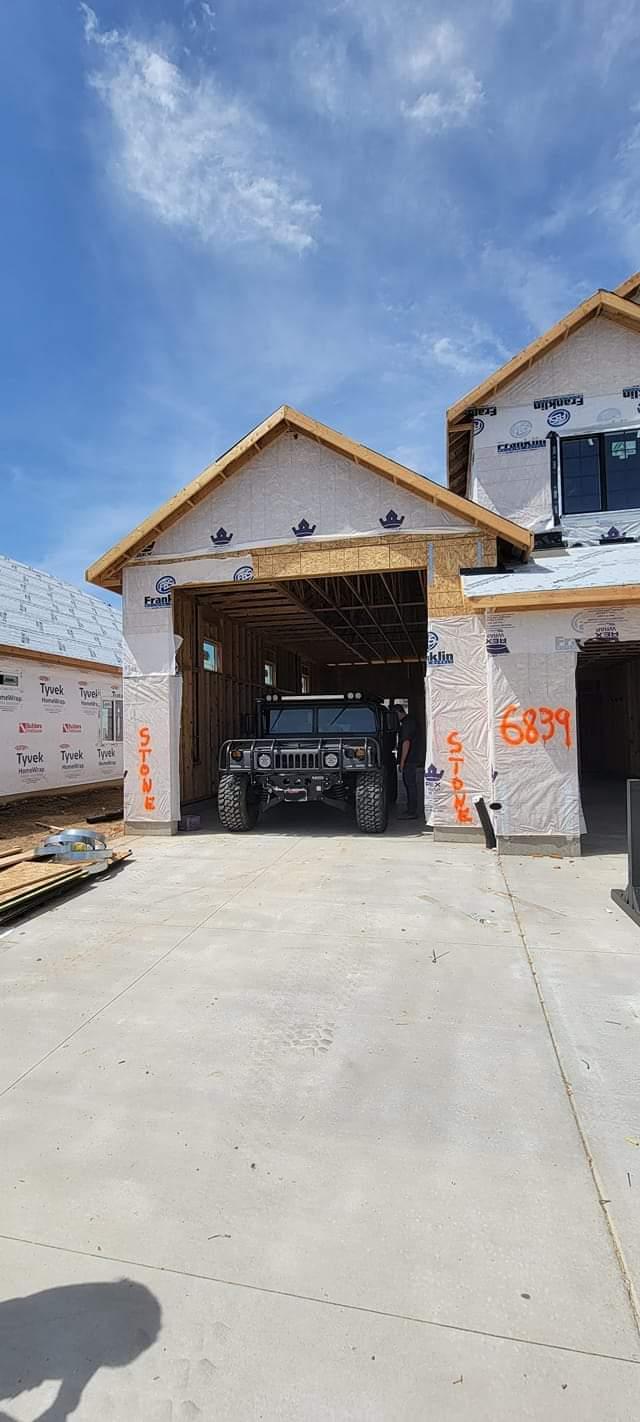 Le Garage de votre Hummer ; On en parle ? ... Où garez vous votre Hummer actuellement ? Fb_img76