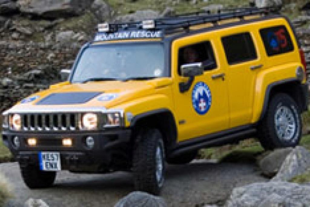 """société anglaise de sauvetage en montagne """"Mountain Rescue"""" en Hummer H3 Hummer26"""