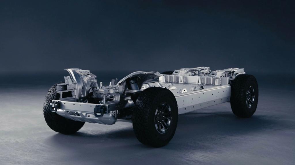 Voilà le nouveau Hummer est arrivé ; GM dévoile le Hummer EV en tant que `` premier supertruck au monde '' pour 112600 $ à partir de 2021 - Page 3 Offici12