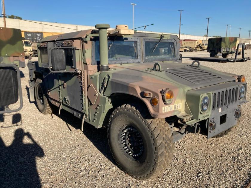 Le FBI est à l'affût de ce Humvee de la Garde nationale de Californie volé à Bell. Tzolzo19