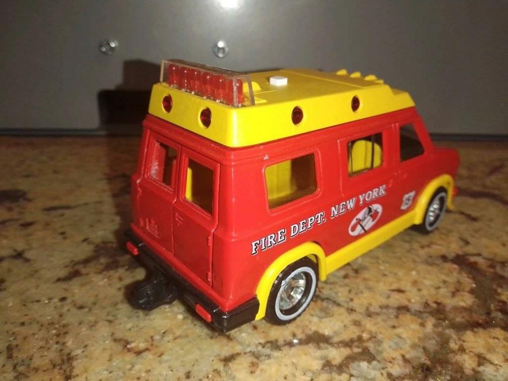 N° 3309 Fire van. 19394112