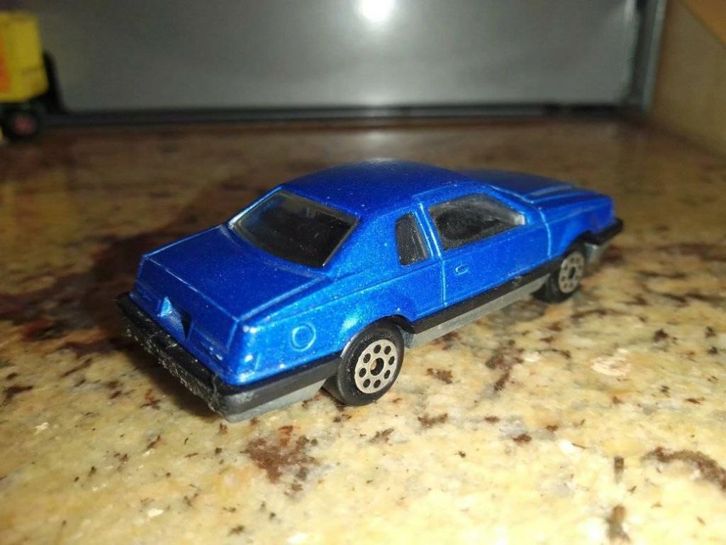 N°217 ford thunderbird 19417010