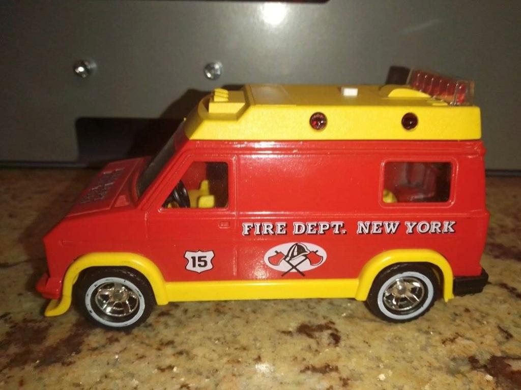 N° 3309 Fire van. 19417410