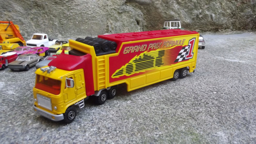 Serie 3000 - GMC Astro sans marquage Majorette 35650310