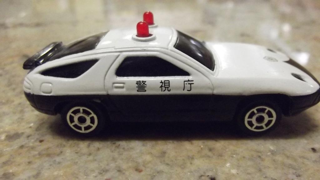 N°2301 Porsche 928 police Dscf3744