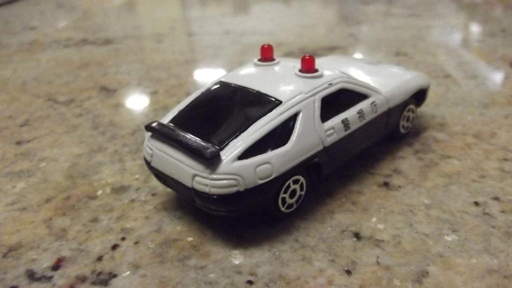 N°2301 Porsche 928 police Dscf3746