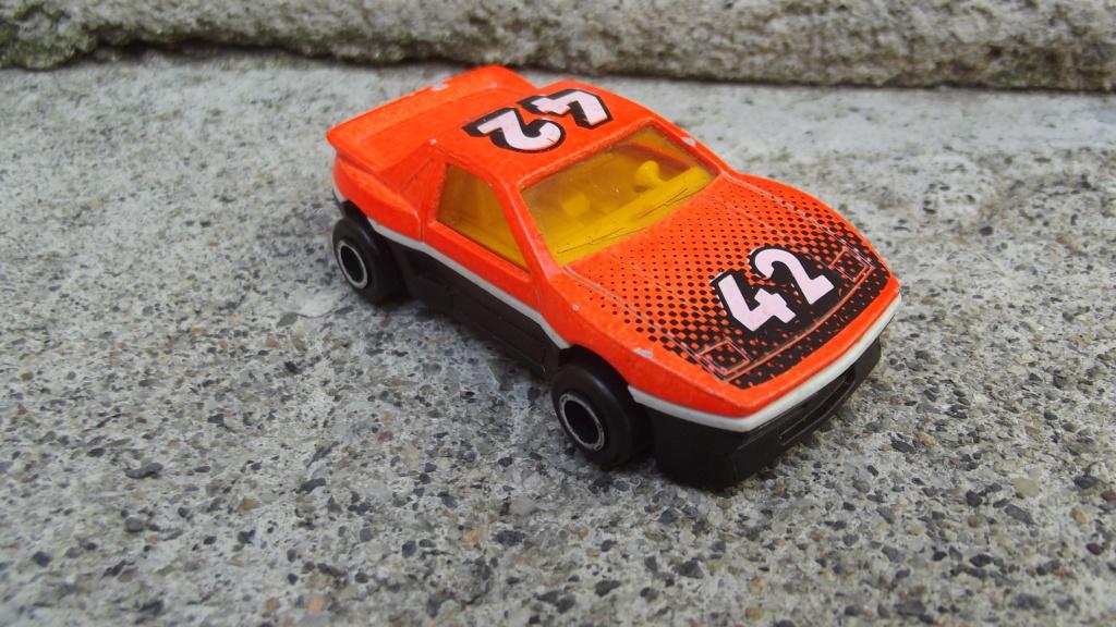 N°206 Pontiac Fiero Dscf3750