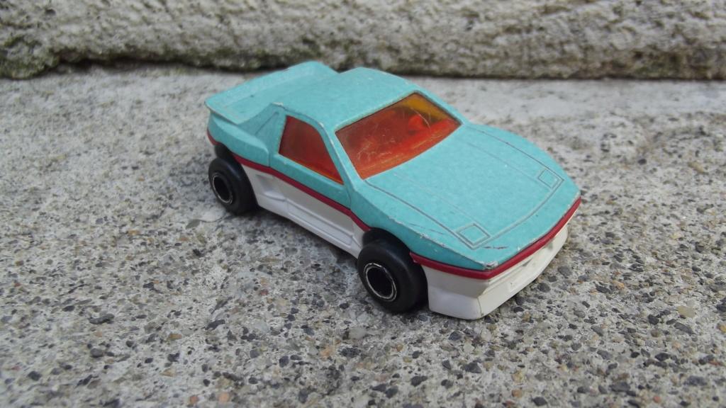 N°206 Pontiac Fiero Dscf3752