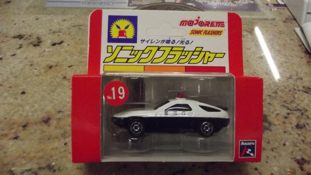 N°2301 Porsche 928 police - Page 2 Dscf4310