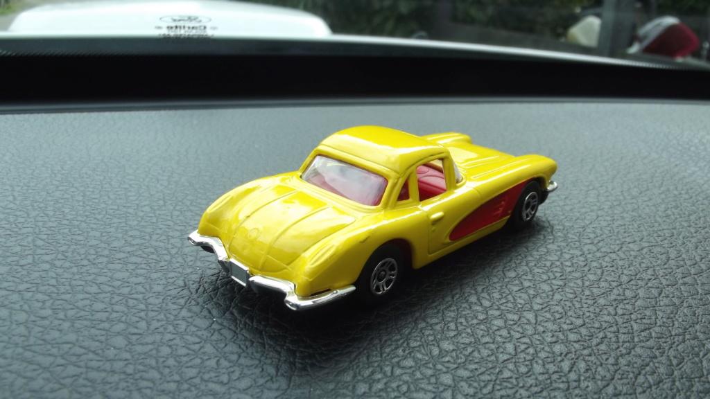 N°279 Chevrolet Corvette 1958 Dscf4610