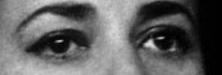 A qui appartiennent ces yeux la - Page 16 Rr10