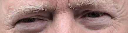 A qui appartiennent ces yeux la - Page 6 Xxxx10