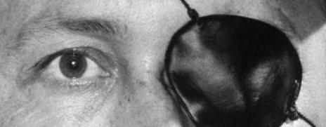 A qui appartiennent ces yeux la - Page 9 Zzz10