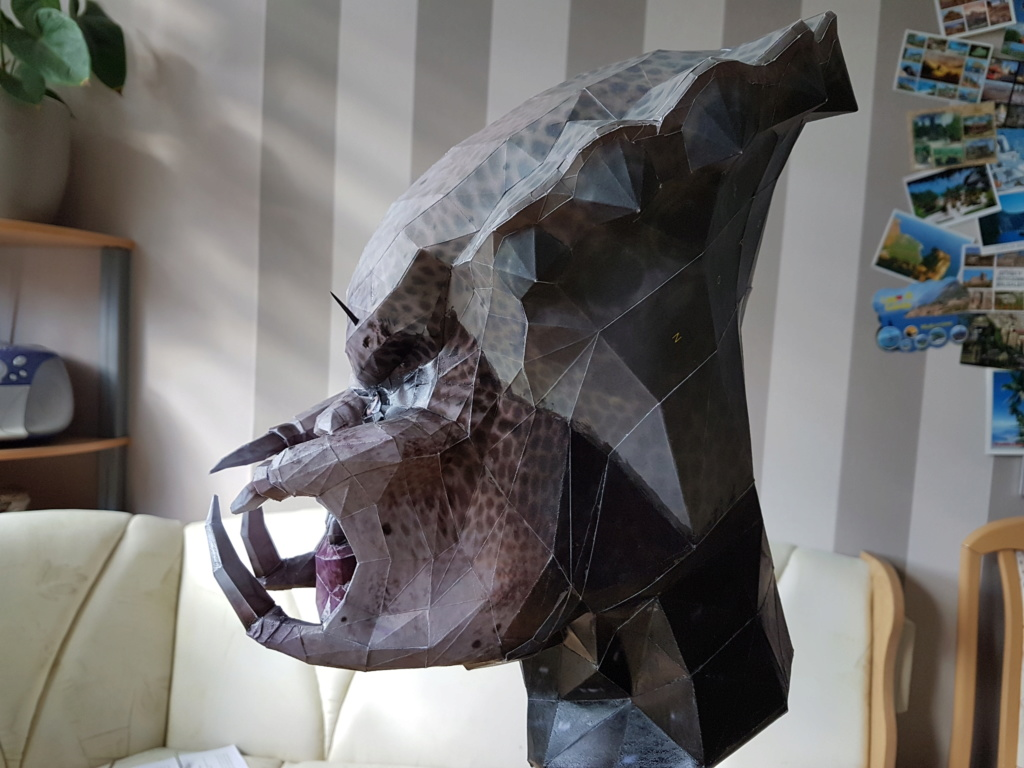 Predator Head 20200435