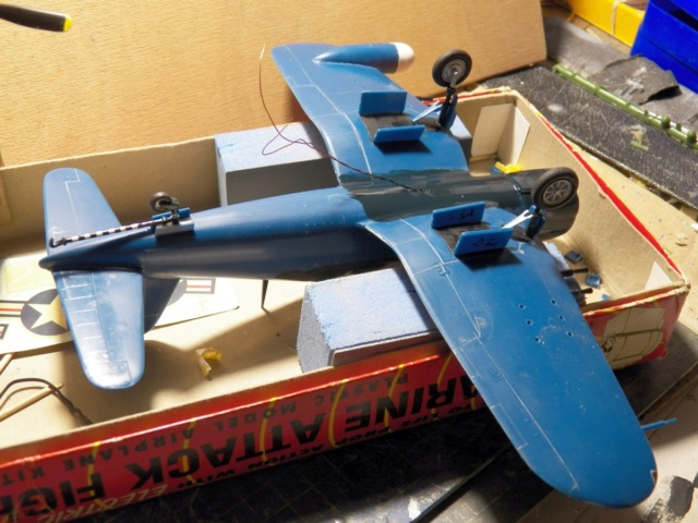 Vought F4U-5N Corsair, Lindberg, 1/48, No. 301M 10_f4u10