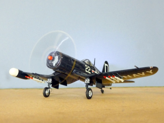 Vought F4U-5N Corsair, Lindberg, 1/48, No. 301M 13_f4u10