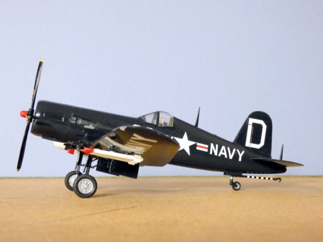 Vought F4U-5N Corsair, Lindberg, 1/48, No. 301M 14_f4u10