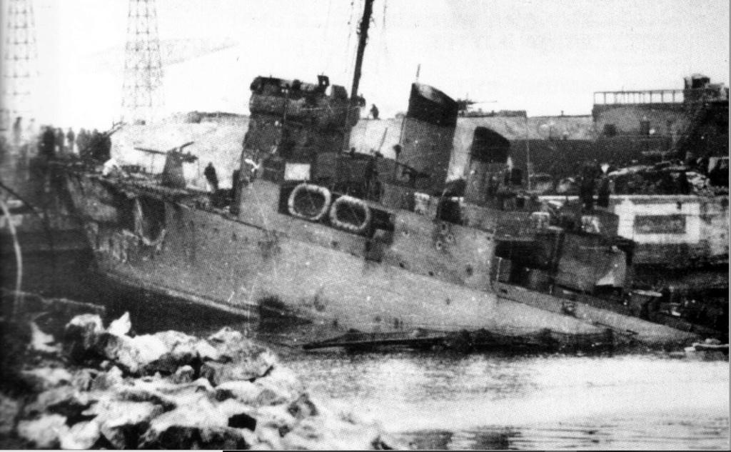 "Opération ""Chariot"" - Saint Nazaire 28 mars 1942 (Vosper MTB 74 - Italeri 1/35) - Page 3 Campel10"