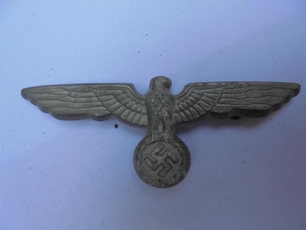 coin de col ss / divers insignes allemand a identifier merci  Dsc07737