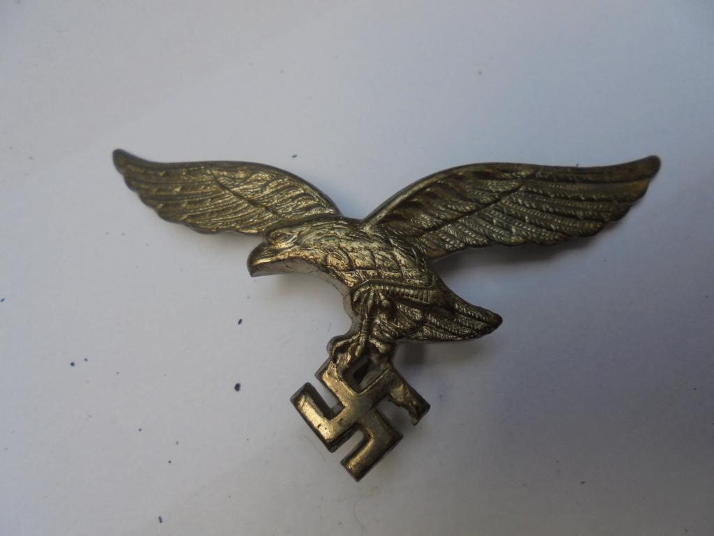 coin de col ss / divers insignes allemand a identifier merci  Dsc07814