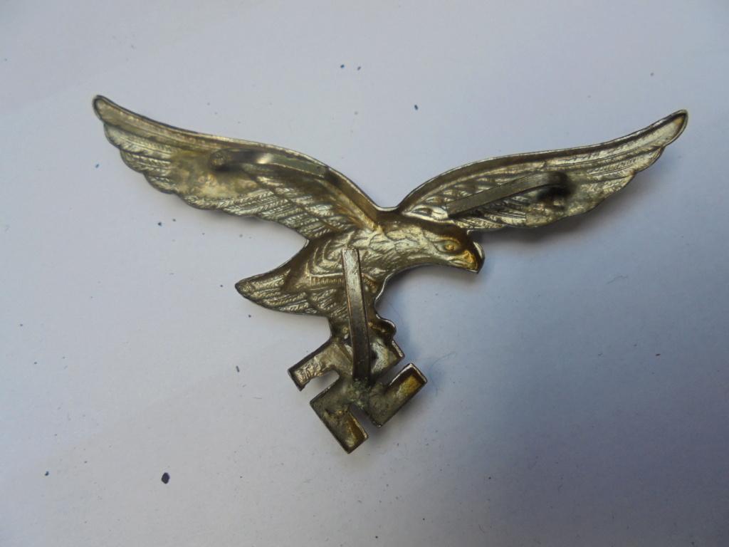 coin de col ss / divers insignes allemand a identifier merci  Dsc07815