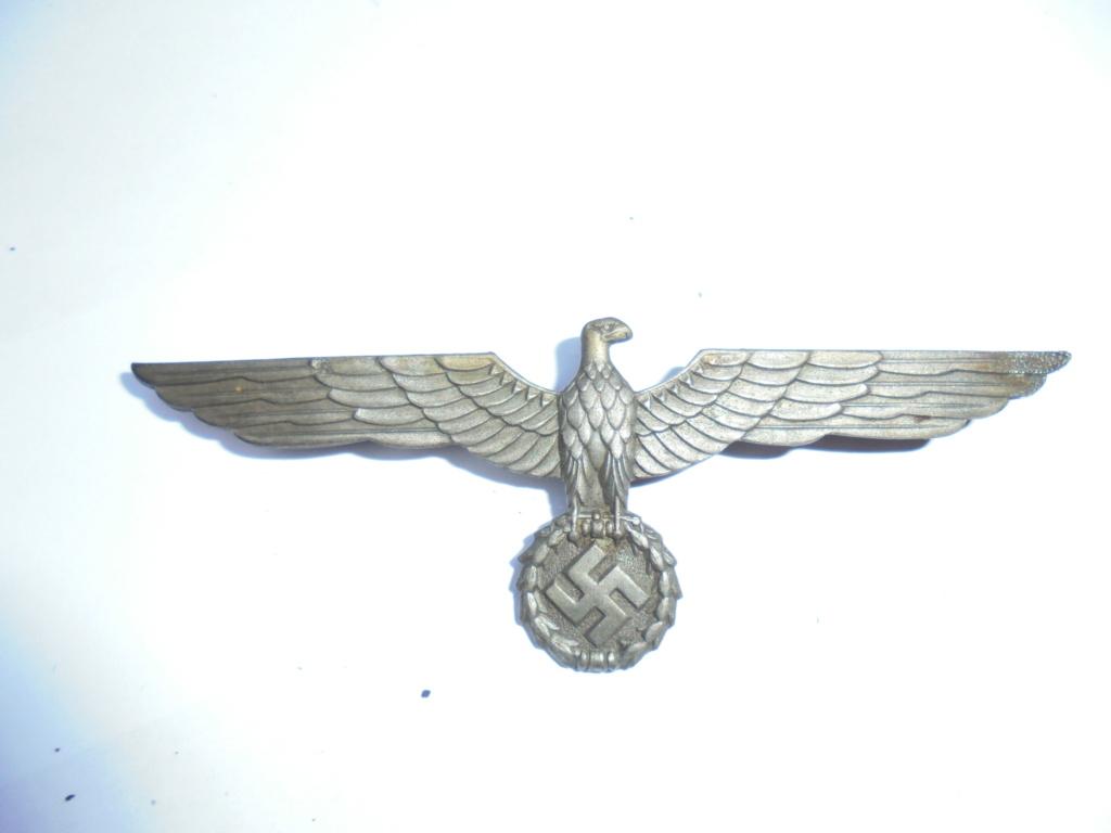 coin de col ss / divers insignes allemand a identifier merci  Dsc07816