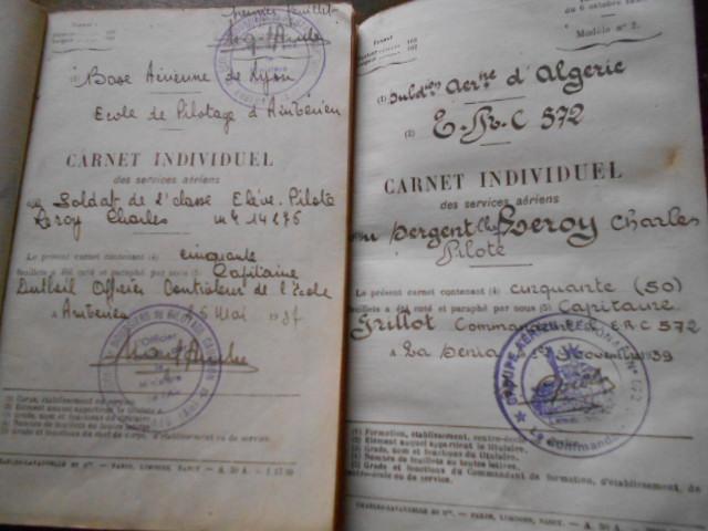 4 carnets vol 1937/46 d un as de l aviation francaise  Dscn1813
