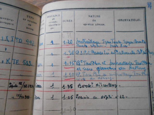 4 carnets vol 1937/46 d un as de l aviation francaise  Dscn1822