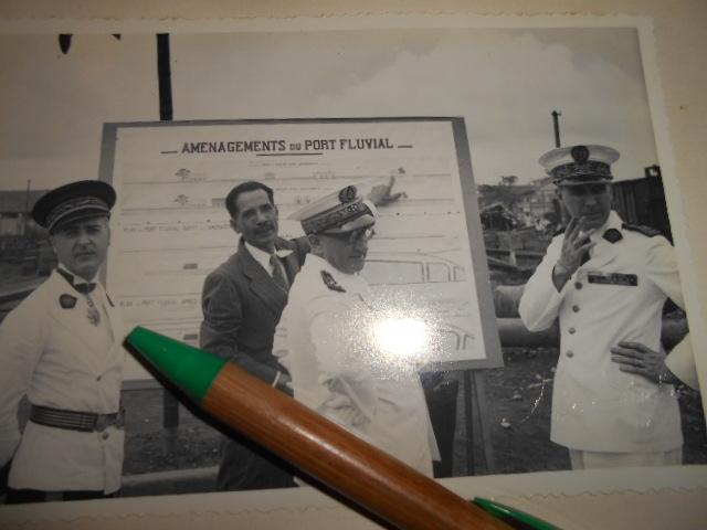 3 albums photos 1942 /43 resident supeieur au tonkin sous vichy Dscn6823