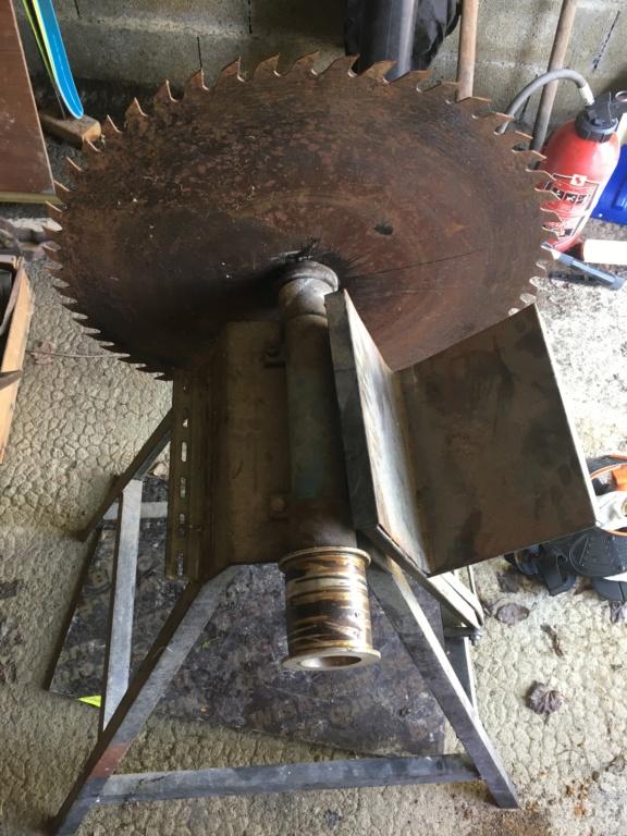 Donne banc de scie et son moteur tri Img_1612