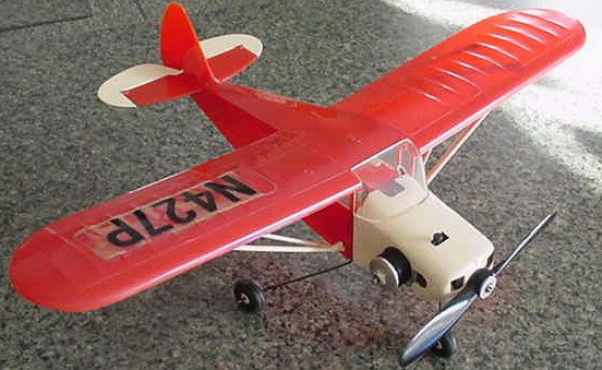 Plastic C/L model airplanes Tri-pa10