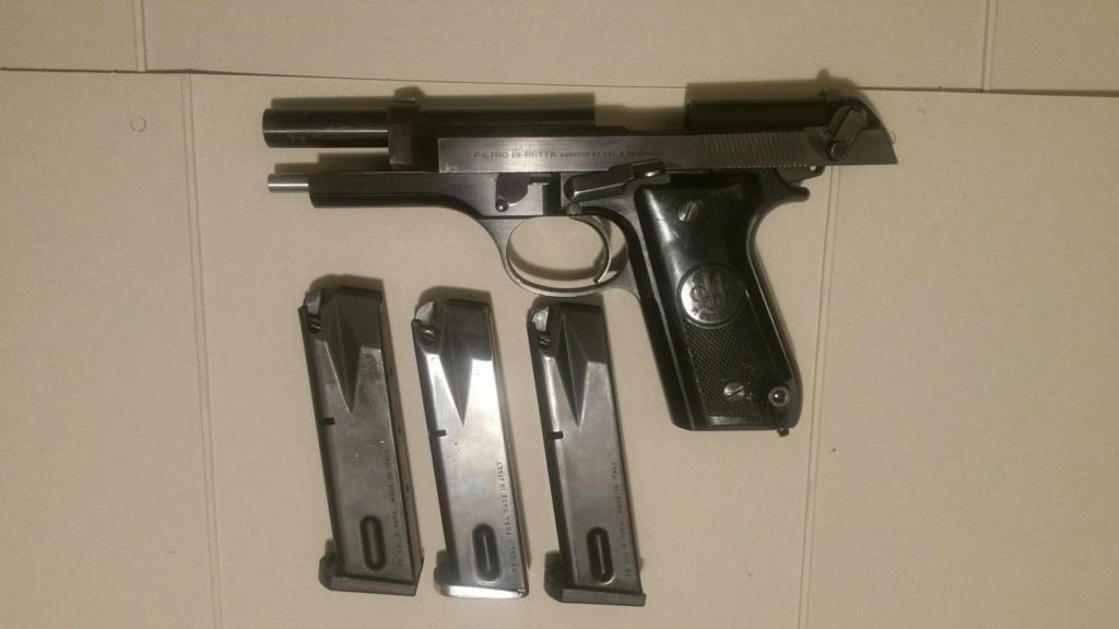Le Beretta 92S de surplus des Carabinieri  Be92s030