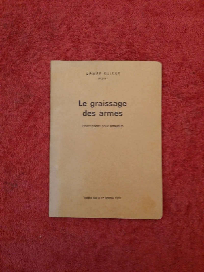 huile et graisse armée suisse - Page 2 Gras_010