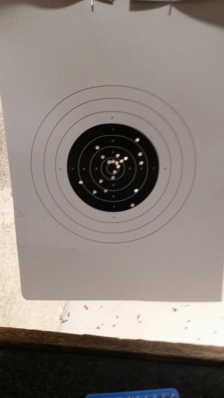 Pistolet orienté compétition vs. pistolet de service ??? - Page 2 P49_7620
