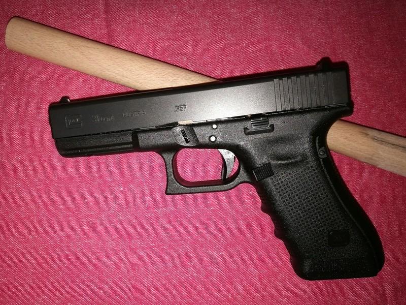 9mm ou .357 magnum? (Oui je suis sérieux...) - Page 2 Pistol11