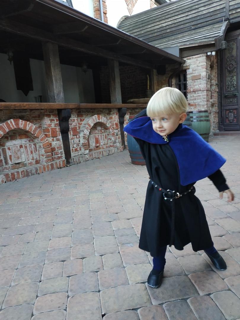 recreación del infante de Aragón  Ahjuav10
