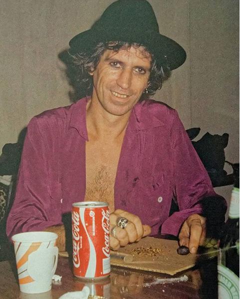 Tus fotos favoritas de los dioses del rock, o algo - Página 8 Keith_10