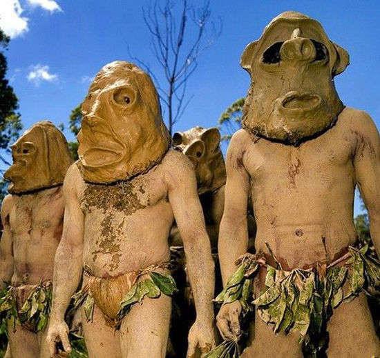 Những tộc người kỳ lạ nhất thế giới 910