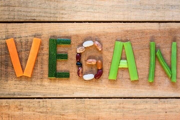 Ăn chay và ăn mặn, cách nào thực sự tốt hơn?   An-cha11