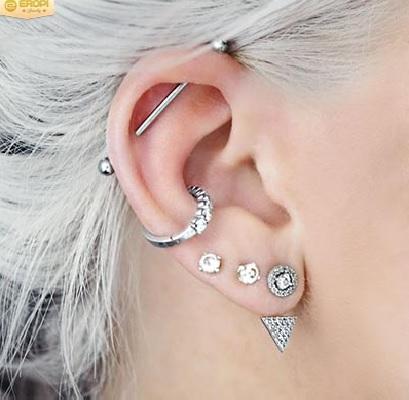 Chiện bấm lỗ tai Bam-lo18