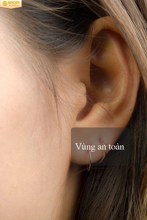 Chiện bấm lỗ tai Bam-lo23